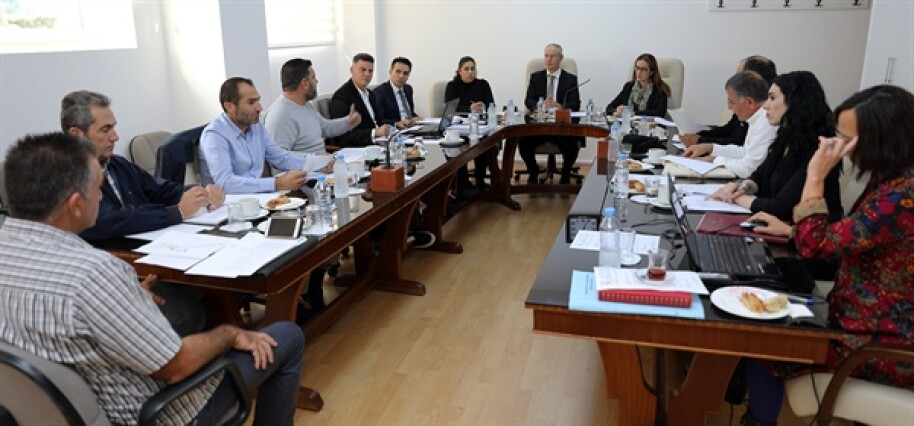 Cumhuriyet Meclisi, Hukuk, Siyasi İşler ve Dışilişkiler Komitesi toplandı