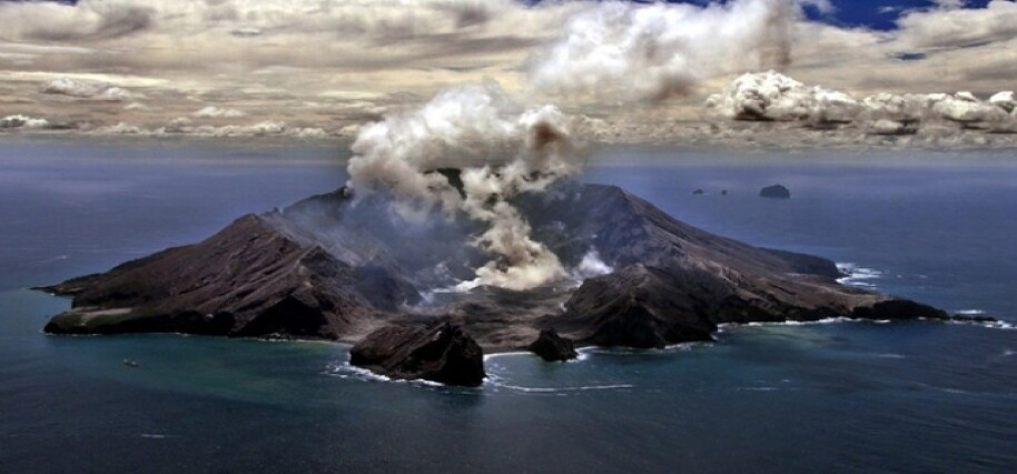 Yeni Zelanda'daki yanardağ patlamasında ölü sayısı 8, kayıp sayısı 9