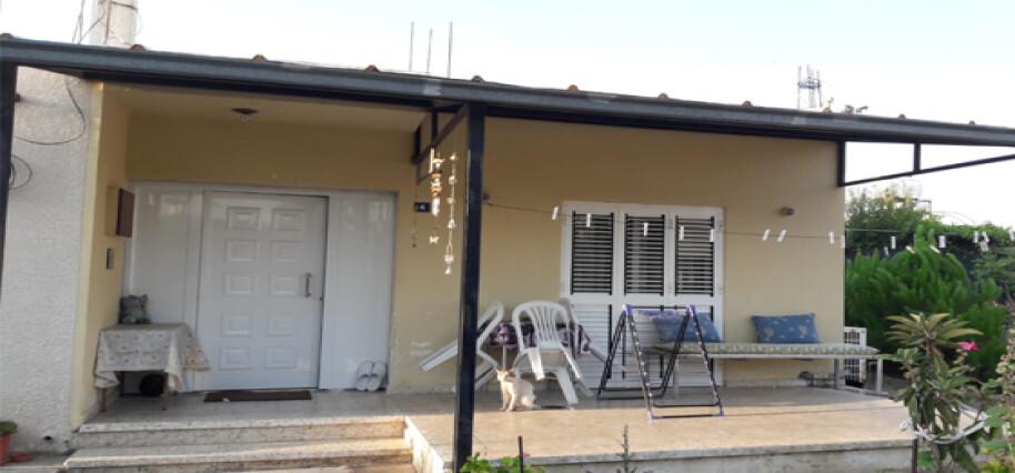 Alayköy'de satılık bahçeli müstakil ev