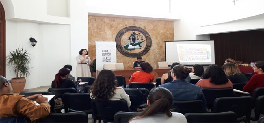 Barolar Birliği'nde hukukçulara yönelik 'LGBTİ+ Farkındalık Eğitimi' gerçekleşti