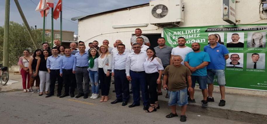 CTP Akdoğan Adayı Latif, Erhürman ile bölgede ziyaretlerde bulundu