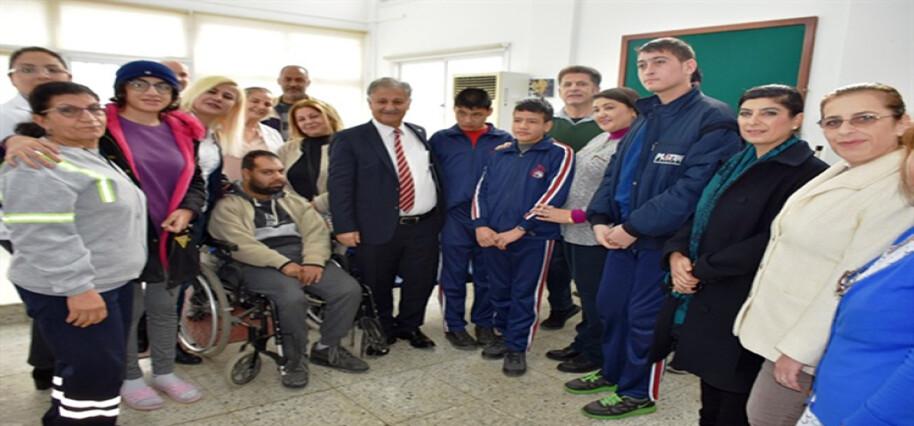 Trenyolu Polikliniği'nde engelli hastalara ağız ve diş sağlığı hizmeti