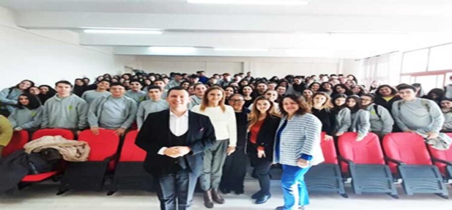 """Namık Kemal Lisesi'nde """"Her Yerde Opera"""" etkinliği düzenlendi"""