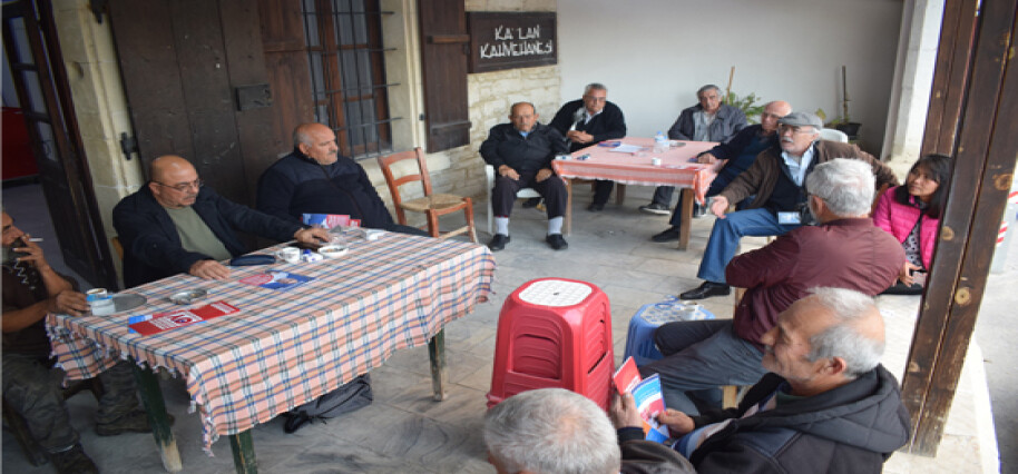 Niyazi Kızılyürek, Akıncılar Köyü'nü ziyaret etti