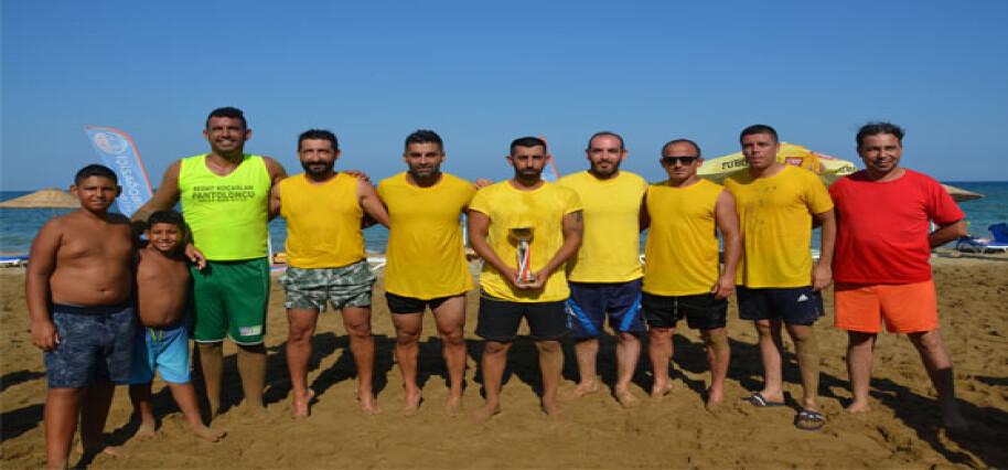 Plaj Futbol Turnuvası'nda şampiyon Hamza Durmaz