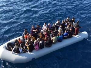 Güney Kıbrıs'taki Greko burnunda 100 mülteci tespit edildi