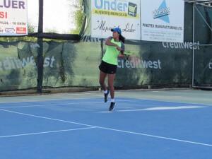 KKTF Nicosia Motors Tenis Ligi'ne Milli Takım arası