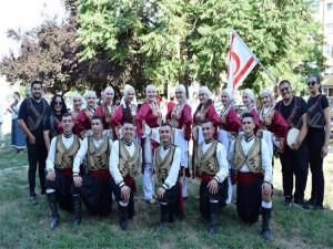 Mehmetçik Kültür ve Dayanışma Derneği ekibi Romanya sahnesinde boy gösterdi