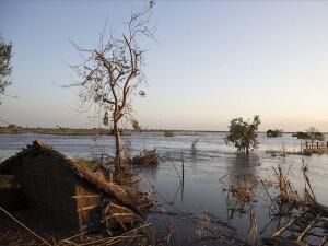 Yoğun yağışlar nedeniyle Mozambik'te bir şehir sular altında