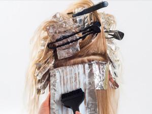 """""""Düzenli saç boyamak meme kanseri riskini artırıyor"""""""