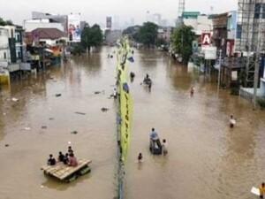 Endonezya'da seller nedeniyle 4 bin kişi tahliye edildi
