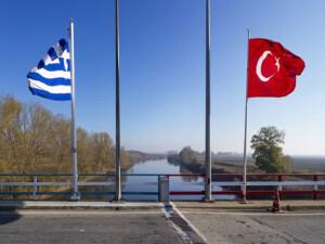 Yunanistan'ın Libya Büyükelçisini sınır dışı etmesi Rum basınında