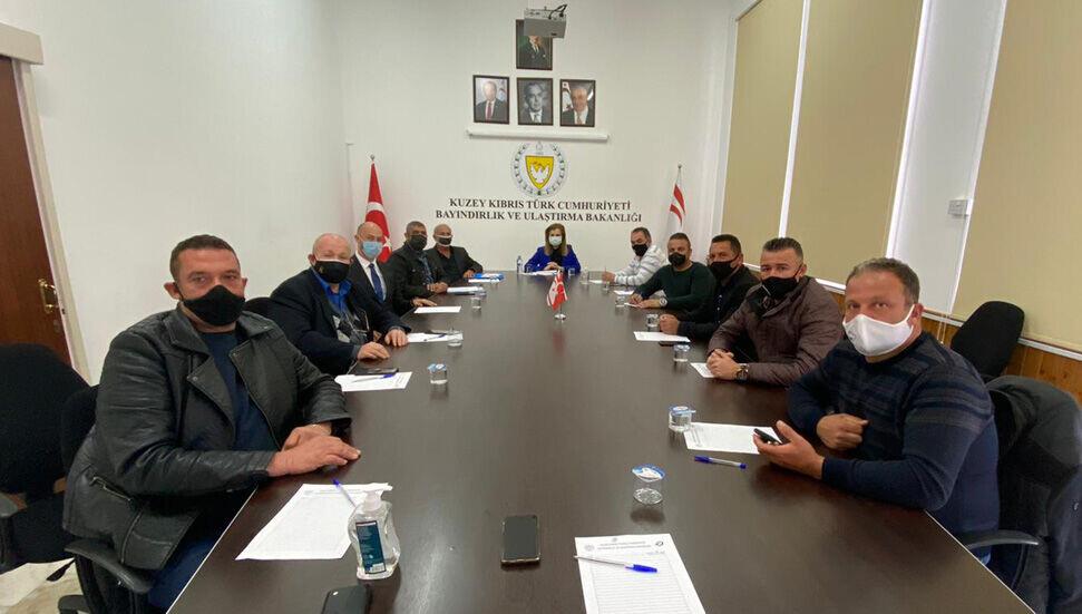 KAR-İŞ, Bayındırlık ve Ulaştırma Bakanı Resmiye Eroğlu Canaltay'ı ziyaret etti