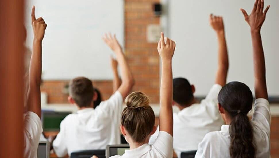 """İskele Okul Aile Birlikleri Federasyonu: """"Beklentimiz, doğru bir akademik takvimle gençlerimizin yeni geleceklerine yolcu edilmesi"""""""