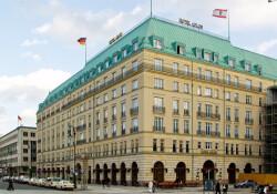 Üçlü zirve tarihi Adlon Otel'de yapılacak