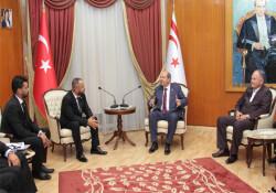 Başbakan Tatar, KKTC Beşiktaş Taraftarları Derneği heyetini kabul etti