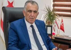 """Çavuşoğlu: """"Gençleri bayrak yakan bir zihniyete sahip olacak şekilde yetiştirmeyin"""""""