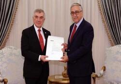 Cumhurbaşkanı Akıncı Ünal Çeviköz'ü kabul etti