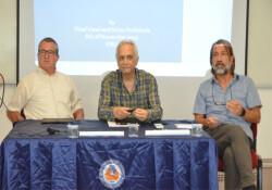"""DAÜ'de """"Birleşik Kıbrıs'ta federal hükümet için yarı başkanlık sistemi"""" tartışıldı"""