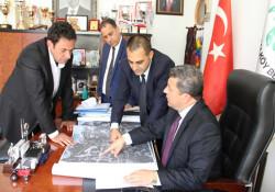 """Bakan Dürüst: """"Girne Doğu Çevre Yolu ile trafikte yaşanan sıkıntılar aşılacak"""""""
