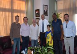 Girne Belediye Başkanı Güngördü, Doğan Türk Birliği heyetini kabul etti