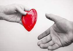 Kan bağışı kampanyası Alsancak'ta devam ediyor