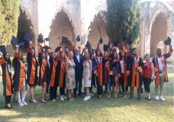 Kıbrıs İlim Üniversitesi'nde mezuniyet coşkusu yaşandı
