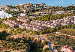 Kıbrıs, kaygılı yatırımcıyı çekti