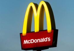 Londra'da Mcdonald's çalışanları greve gitti