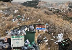 Manzara fotoğrafı çekmeye gidenler çöp dağları ile karşılaştı!
