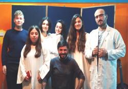 'Dışarısı İçeriden Karanlık' oyunu Gazimağusa'da sahnelenecek