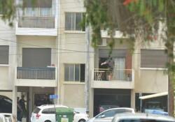 Polise silah doğrultan adamın evinden tasarruf izinli 12 av tüfeği çıktı