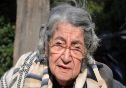 TAK'ın merhum müdürü Kemal Aşık'ın eşi Ayşe Aşık hayatını kaybetti