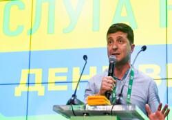 Ukrayna'da komedyen Başkan Zelenskiy'in partisi, Rock yıldızıyla koalisyon kurabilir