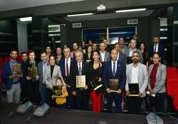 Umut Derneği 5. yılını ödül töreni düzenleyerek kutladı