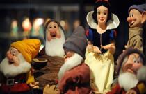 Anti feminist mesaj veren Pamuk Prenses'ten bıkan baba, masalı baştan yazdı