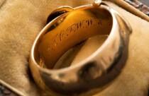 Oscar Wilde'ın çalınan yüzüğünü Hollandalı sanat dedektifi buldu