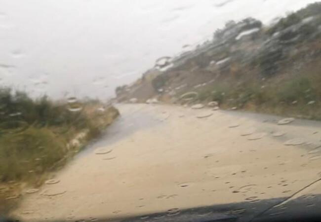 Yoğun yağış Karpaz bölgesini olumsuz etkiledi