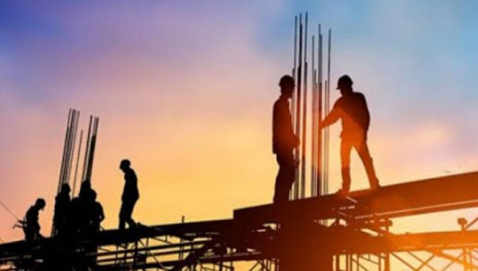 Οι αλλοδαποί εργαζόμενοι στη χώρα εξαιρούνται από την προ-άδεια έως τις 30 Ιουνίου