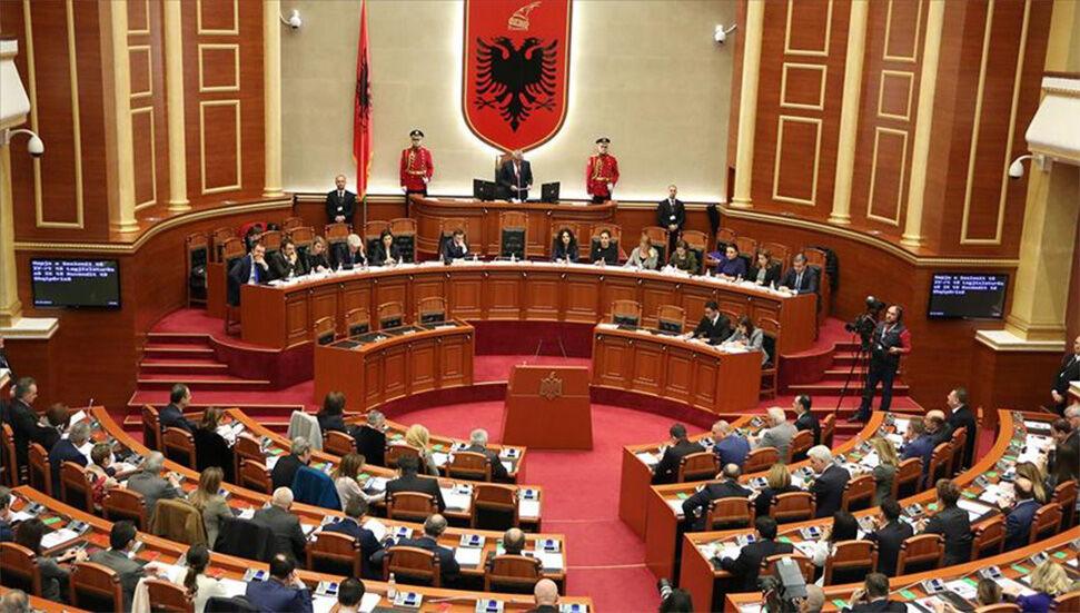 """Πρωθυπουργός της Αλβανίας: """"Οι ασθενείς με κοροναϊό δεν μπορούν να ψηφίσουν"""""""