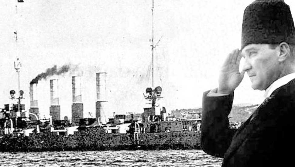 Η 101η επέτειος από την άφιξη του Atatürk στην Άγκυρα γιορτάστηκε με τελετές