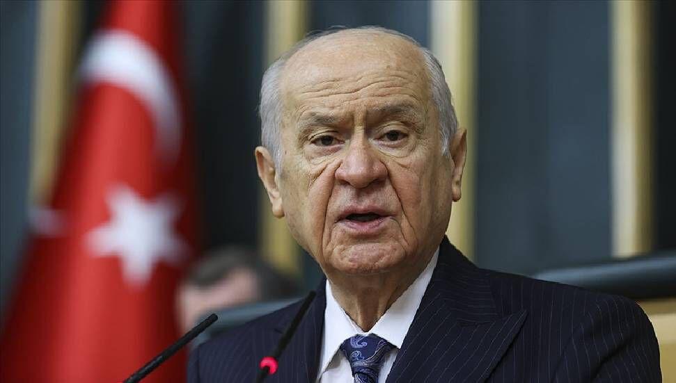 Η ερμηνεία της απόφασης μαθημάτων του Κορανίου από τον Devlet Bahçeli: «Στον μύλο των Ελλήνων