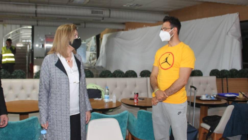 """Η Resmiye Canaltay ευχήθηκε επιτυχία στον Yiğitcan Hekimoğlu: """"Yiğit rantukç"""