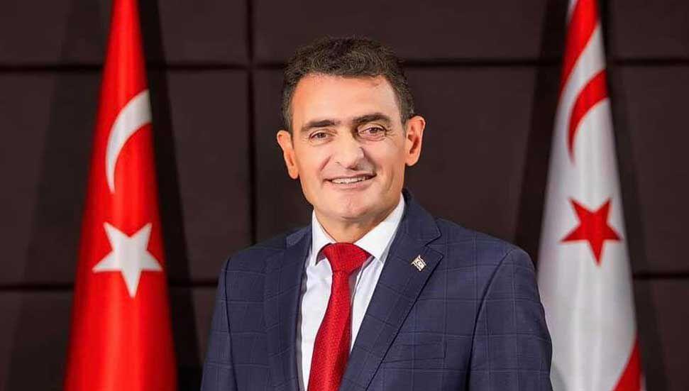 Ο Dursun Oğuz, Υπουργός Οικονομικών, βρίσκεται στην Άγκυρα