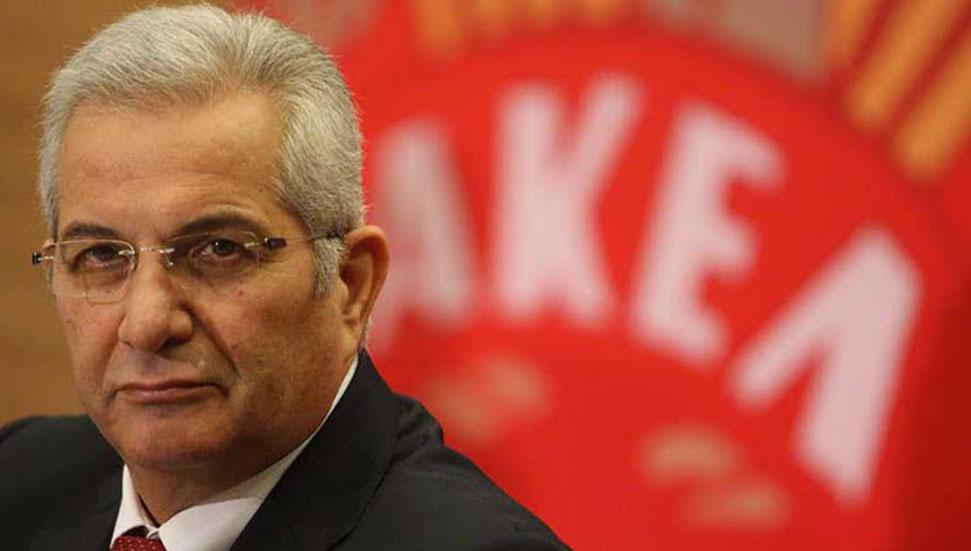 Η αντιπροσωπεία του ΑΚΕΛ συνεχίζει να επικρίνει τον Αναστασιάδη
