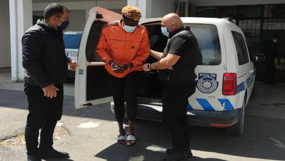 Κατηγορείται για σεξουαλική επίθεση κοριτσιού σε κοιτώνα