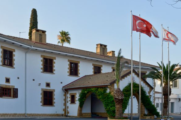 """Erhürman, για να λύσει την άγνοιά του στο Κυπριακό"