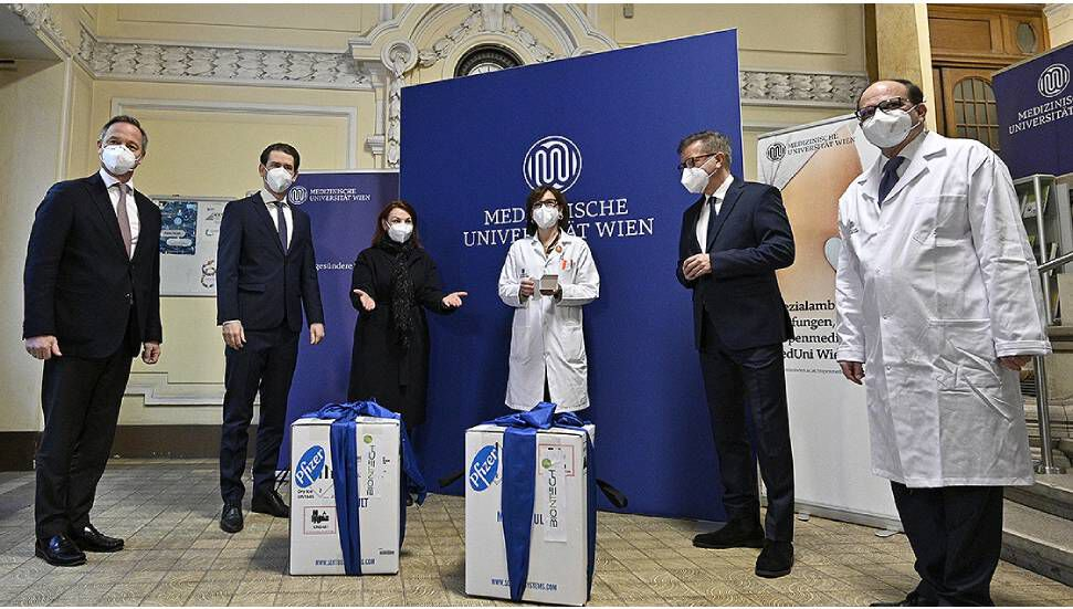 Πρώτα εμβόλια κοροναϊού στην Αυστρία και την Ιταλία