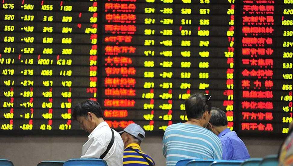 Οι παγκόσμιες επιπτώσεις στις πωλήσεις στα ασιατικά χρηματιστήρια