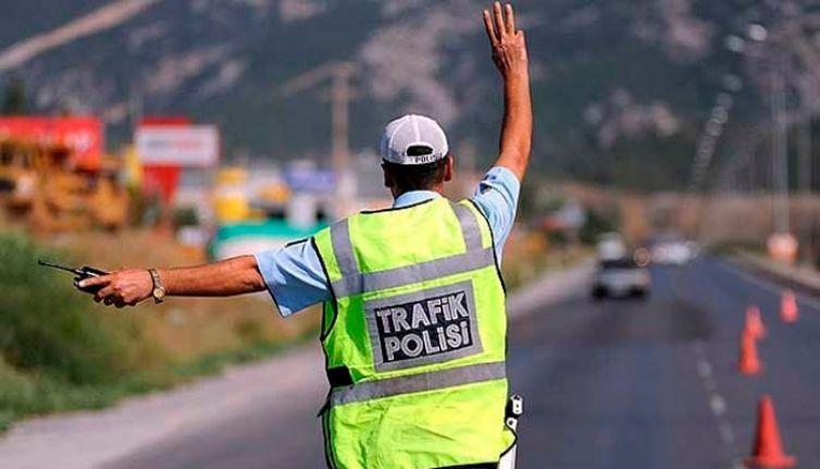 430 προηγμένες λειτουργίες, 5 οχήματα απαγορεύονται από την κυκλοφορία!